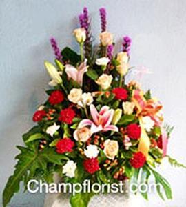 กระเช้าดอกไม้สด bk08